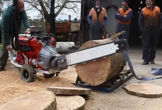 Extreme V8 Chainsaw Gadgetify Com