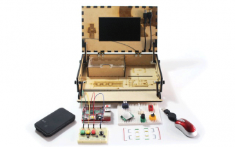 Piper: Build Electronics While Playing Minecraft