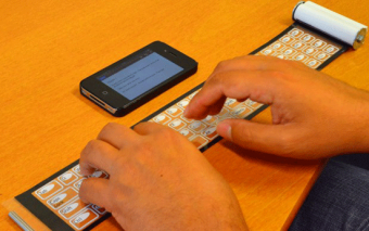 Qii Rollable Keyboard for Smartphones