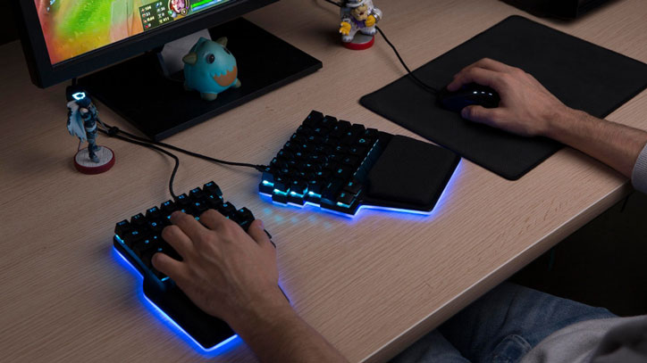 7727b0c2ca5 You may not need an advanced gaming keyboard if you are a causal gamer.  Things are different if you are serious about improving your results though.