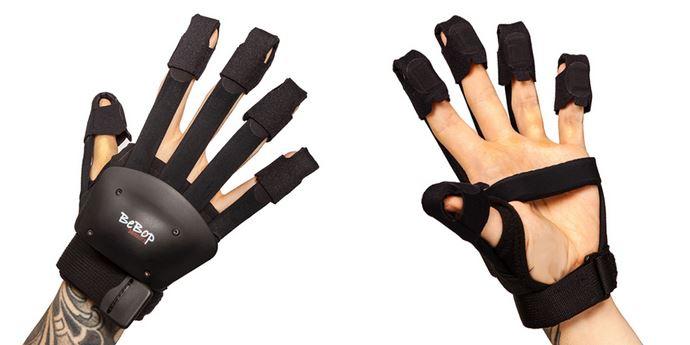 BeBop Sensors Forte Data VR/AR Haptic Glove for Oculus Quest