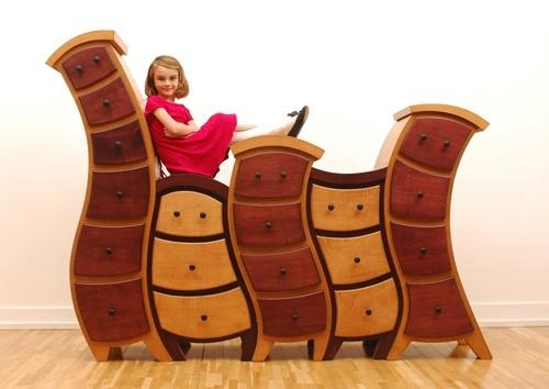 curvy dresser