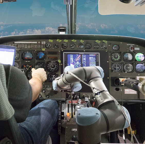 alias-robotic-aircraft-pilot